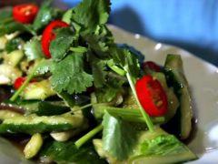 5 рецептов салата из битых огурцов. Как приготовить китайское блюдо