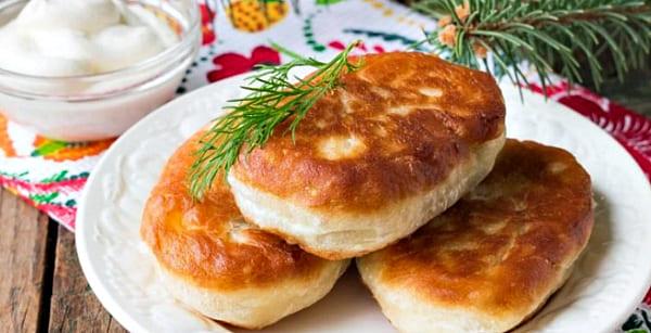 пирожки с печенью на сковороде