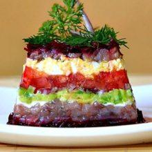 Рецепты салатов из вареной свеклы с сельдью, грибами, фруктами