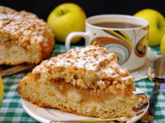 Как испечь тертый яблочный пирог из песочного теста с начинками из манки, творога, корицей