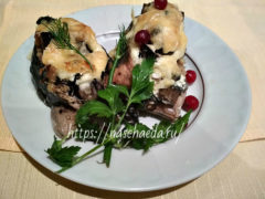 Сочная и вкусная горбуша запеченная в фольге — кусочками и цельная с овощами