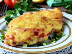 Как приготовить мясо по французски с картошкой в духовке: грибами, помидорами
