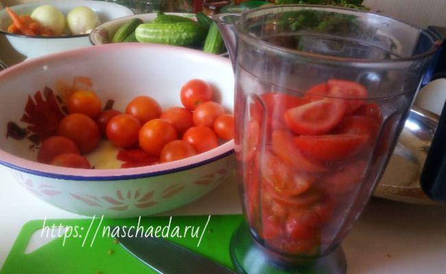 Огурцы в томатном соусе: 5 суперских рецептов на зиму